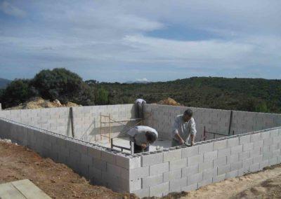 Construcción de balsa para prevención de incendios 5