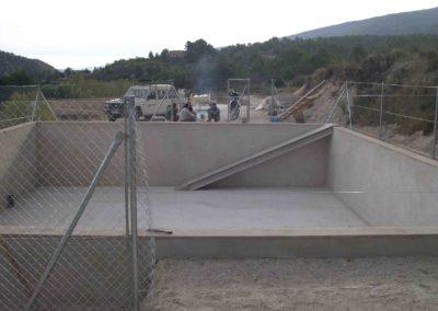 Construcción de balsa para prevención de incendios 6