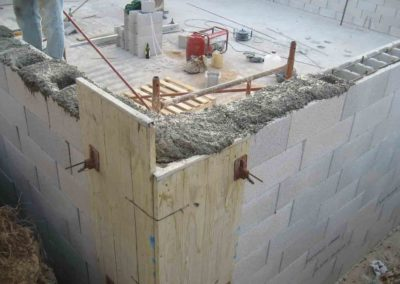 Construcción de balsa para prevención de incendios 7