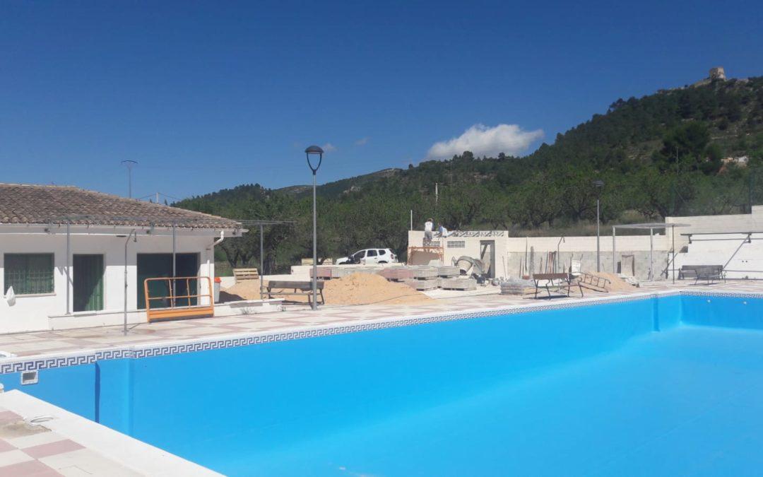 Impermeabilización piscina municipal Benifallím y mejora zonas anexas